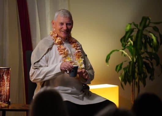 Вісім життєвих уроків з Бхагавад Гіти - Ачар'я дас