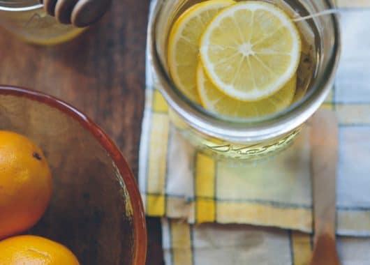 Лимони в кружці